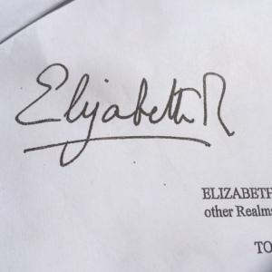 ElizabethR